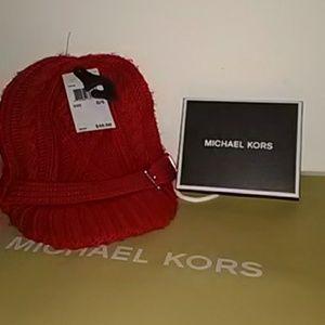 Brand New Cozy Michael Kors Sweater Beanie Cap